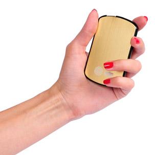 Портативный аккумулятор от CACTUS для леди